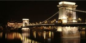 Canvas Wall Art Budapest Bridge, Glowing in the dark, 60 x 120 cm