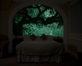 Mural Wall Art Green tree, Glowing in the dark, 1.83 x 1.28 m