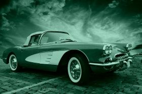 Canvas Wall Art Chevrolet Corvette classic, Glowing in the dark, 60 x 90 cm